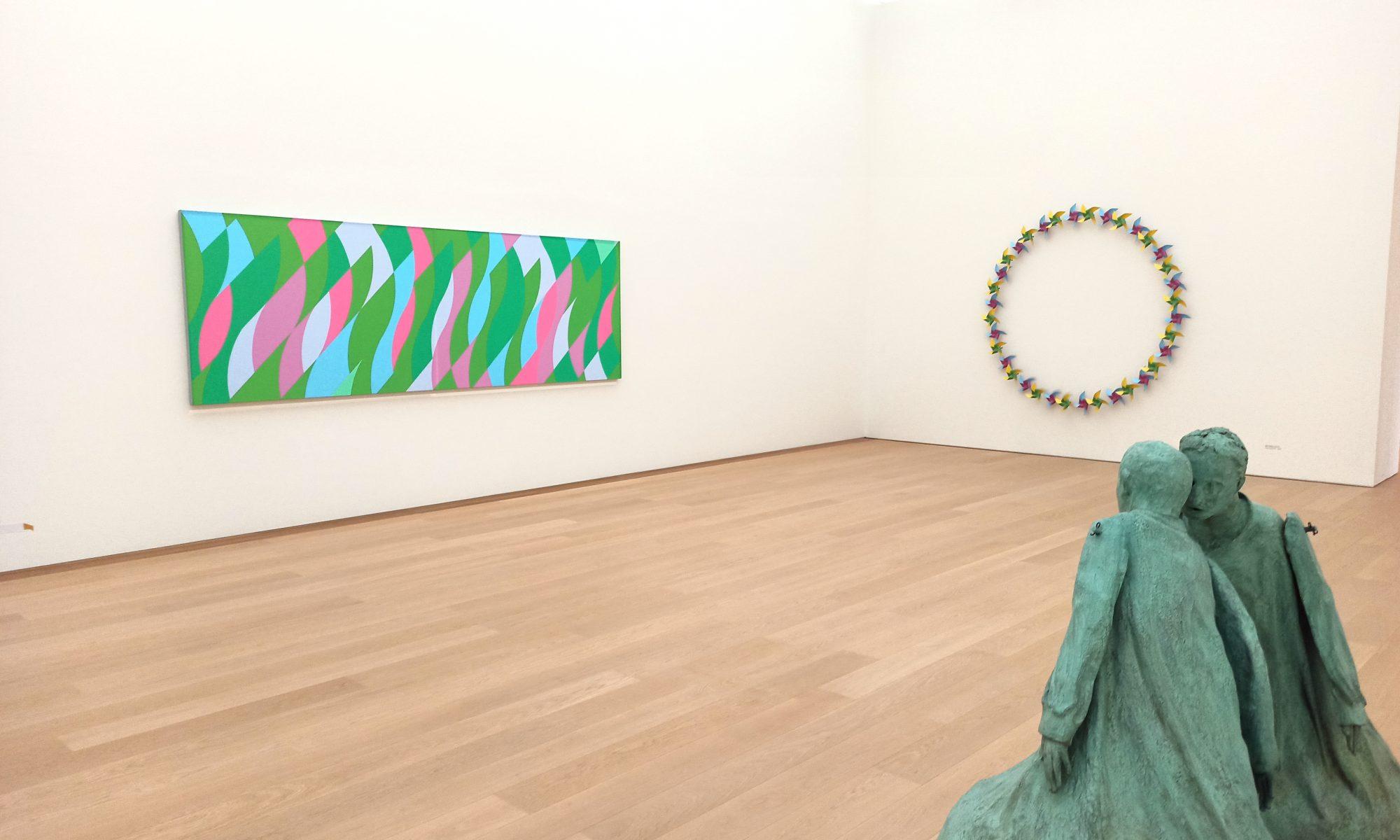 Exhibition Listen to Your Eyes at Museum Voorlinden, Netherlands, Juan Munoz, Bridget Riley, review by Jurriaan Benschop