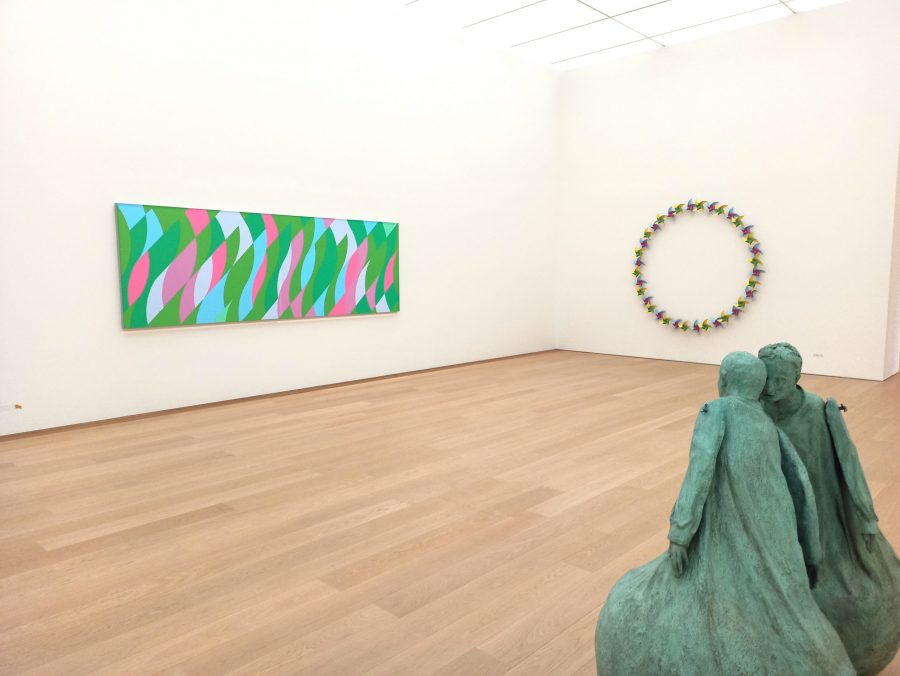 Exhibition Listen to Your Eyes at Museum Voorlinden, Netherlands, Juan Munoz, Bridget Riley, review by Jurriaan Benschop